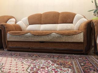 Продам раскладной диван и 2 кресла