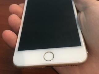 Vând iPhone 7 plus!!!