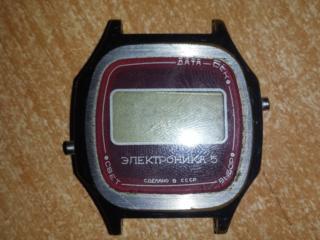 Продам наручные часы СССР.