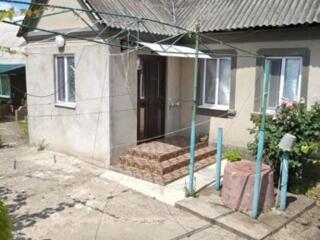 Дом по ул. Русакова, 4 комнаты, санузел в доме. 13,7 соток.