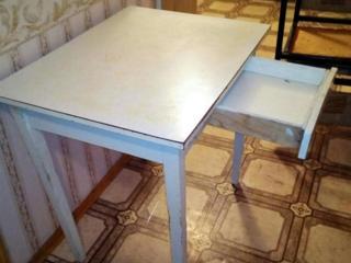 Продам рэтро обеденный стол