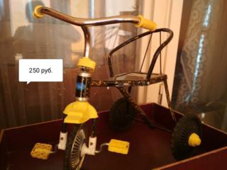 Продаются весы, велосипед, коляска