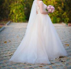 Свадебное платье, не венчанное