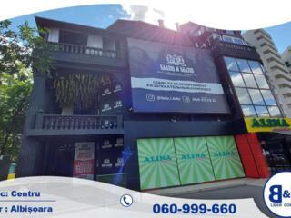 Se vinde centru comercial,AlbișoaraVă oferim spre vînzare un spațiu ..