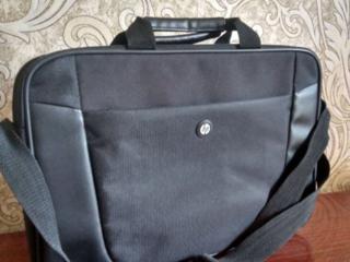 Фирменная сумка HP для ноутбука