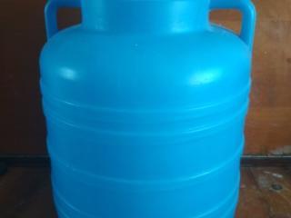Бочка пластмассовая, контейнеры для холодных и горячих блюд