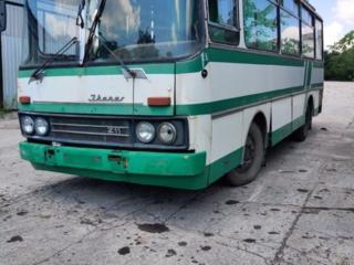 Продам автобус под бытовку по цене лома.