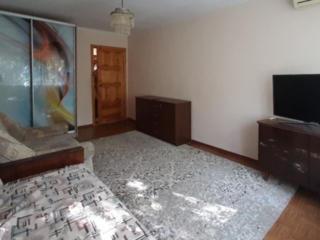 Продаю 2 комнатную квартиру, ЮТЗ, по ул. Николаевской.