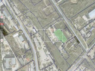 Se vinde teren de 34 ari în zona Macon/Uzinelor. Terenul este liber ..
