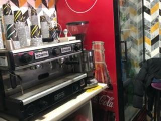 Срочно кофейное оборудование мебель
