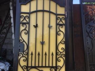 Изготовление кованых ворот, калиток, теплицы мангалы, козырьки и т. д.