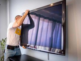 Монтаж телевизоров, навеска ТВ кронштейнов на стену. Навеска полок.