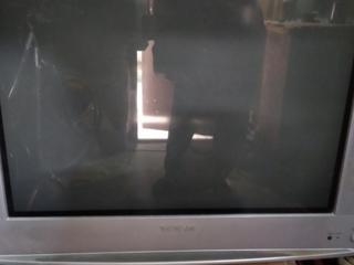 Продам рабочий телевизор.