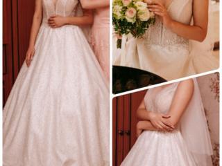 Продам свадебное платье 270$