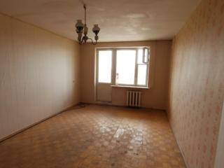 Продается 1 комнатная квартира на Западном под ремонт
