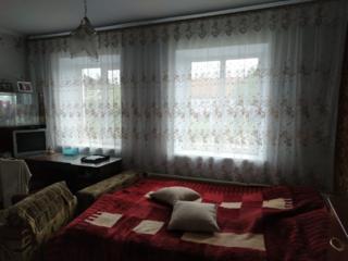 Продается дом с индивидуальным газовым отоплением в Витовском районе