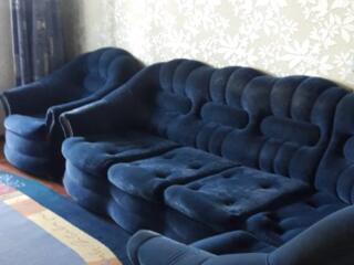 Продаётся мягкий уголок с креслом в хорошем состоянии
