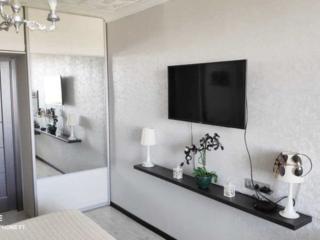 Se vinde apartament cu 3 odai in com. Stauceni. Suprafata totala: 55 .