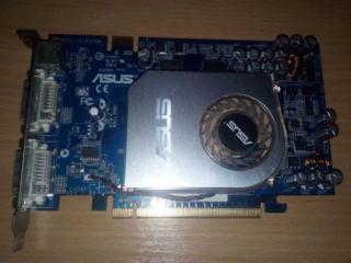 Asus EN7600GS 256 Mb/128 Bit. GeForce 7200GS 128 Mb/64 Bit.