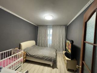 Продам 3-комнатную квартиру на Заболотного/ТЦ Семья