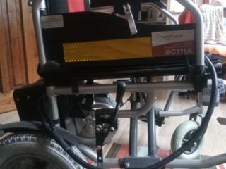 Продаем инвалидную коляску