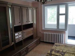 Spre vinzare se ofera apartament cu 2 odai in sectorul Buiucani, bd. .