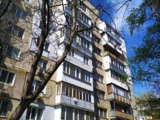 Продам четырехкомнатную квартиру на Таирова
