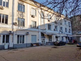 Здание 1311 м2 центр 0.135 Га участок М Арнаутская г. Одесса