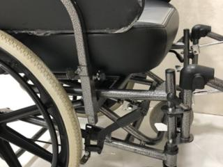Продам новую инвалидную коляску!