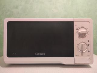 Продам микроволновку Samsung
