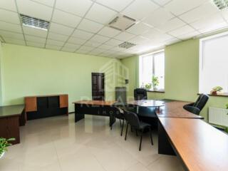 Se dă în chirie spațiu comercial situat pe str. Varnița, sectorul ...