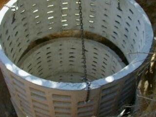 Копаем канализацию вручную и техникой установка труб