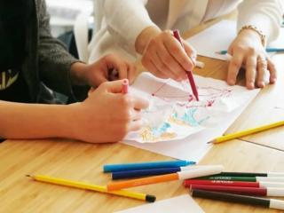 Подтяну ребенка по школьной программе, помогу с домашними заданиями!