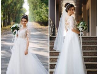 Продам свадебное платье. Сшито на заказ. Не венчанное.