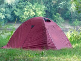 Двухместная палатка High Peak, трёхместная Adac