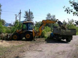 Очистка участков территорий. Снос старых домов строений