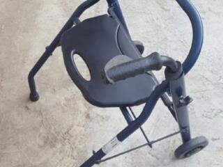Продам ходунок для инвалидов и пожилых людей