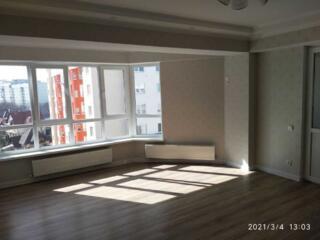 Se vinde apartament cu 2 odai in sectorul Telecentru. Locuinta are o .