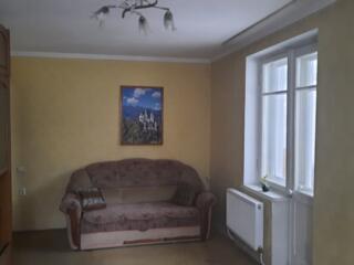 2-комнатная квартира, 6-й кв., 2/5 этаж, автономное отопление