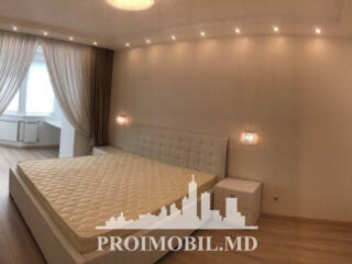 Spre chirie apartament în bloc nou, situat al etajul 3, Centru, str. .