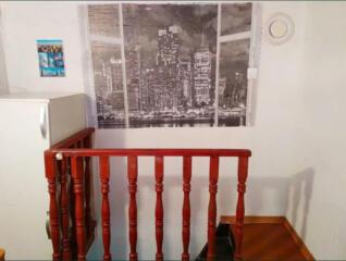 7287. Продам  крепкий 3-х этажный каменный ...