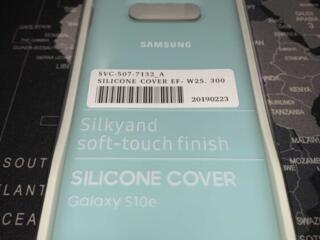 ОЧЕНЬ ДЁШЕВО продам чехлы на Samsung и iPhone