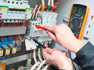 Электрик ищет работу