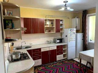 Va oferim spre vinzare apartament cu 2 odai in comuna Staunceni, str.
