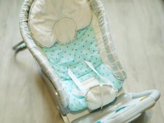 Шезлонг-кресло детское, Бутылочка для кормления Chicco