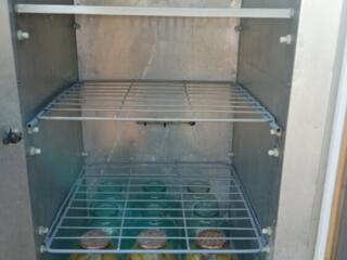 Холодильник для молочной продукции. Большой. На 36 бутылей. Цена 2400р