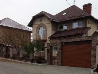 Casa 283 mp - str. Dacia