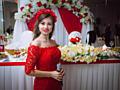 Ведущая на свадебное торжество + музыка или без.