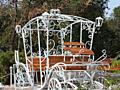 Свадебные арки, скамейки, подставки