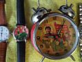 Оригинальные часы и будильники.